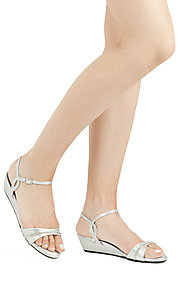 Style: DY-52416-Mallory Detail Image 3