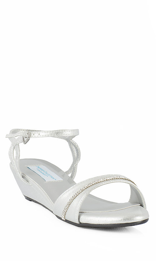 Style: DY-52416-Mallory Front Image