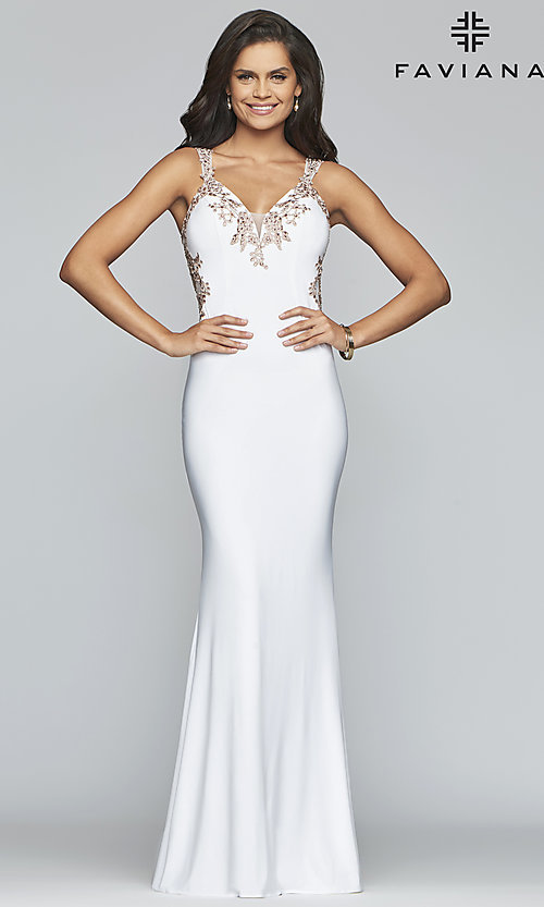Image of v-neck floor-length formal prom dress by Faviana. Style: FA-S7999 Detail Image 4