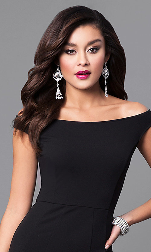 Image of black off-the-shoulder long mermaid prom dress. Style: SY-ID4188VP Detail Image 1