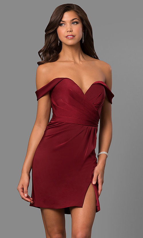 Image of short off-the-shoulder Faviana homecoming dress. Style: FA-8050 Front Image