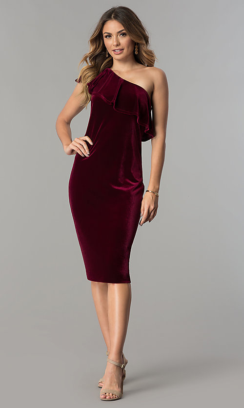 Image of knee-length wine red velvet one-shoulder party dress. Style: IT-111237 Detail Image 1
