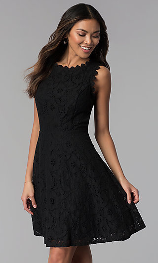 Short Sleeveless Floral-Lace Grad Party Dress
