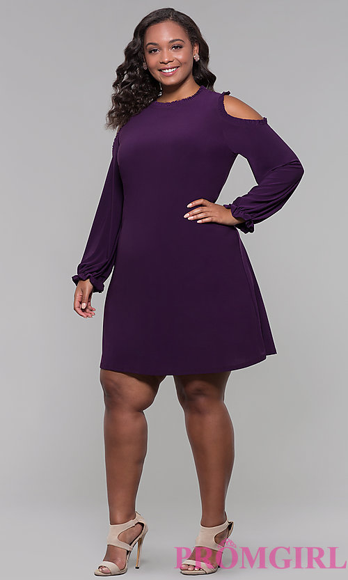 Image of sleeved cold-shoulder plus wedding-guest dress. Style: JU-TI-t90331 Detail Image 3