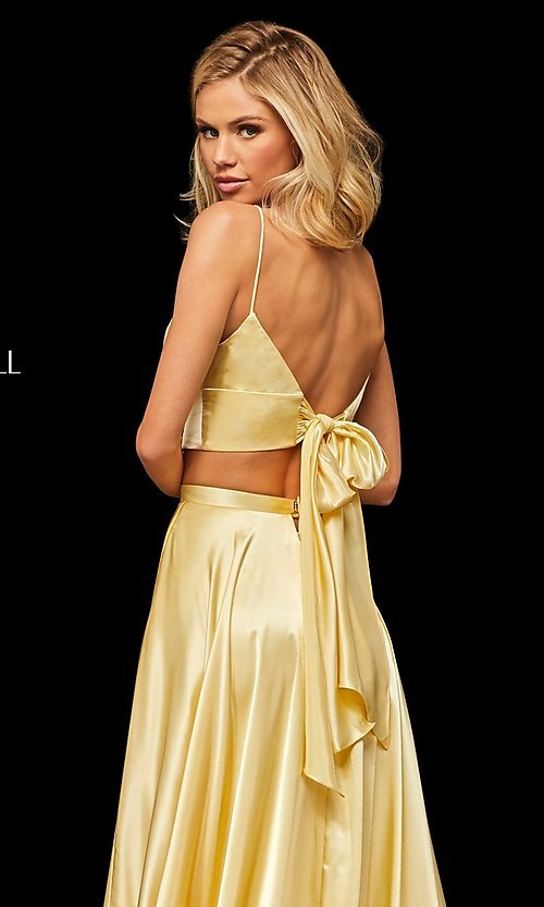 Image of two-piece a-line designer prom dress with pockets. Style: SH-52488 Detail Image 2