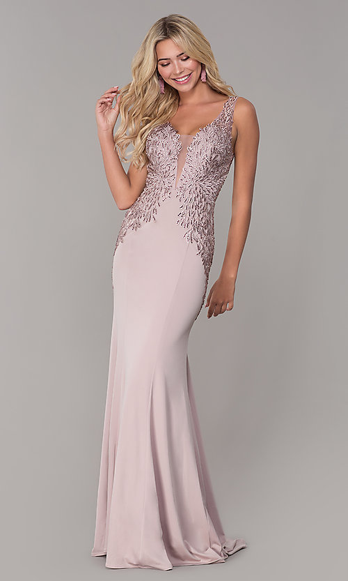 Image of long lace-open-back prom dress by Elizabeth K. Style: FB-GL2614 Detail Image 4