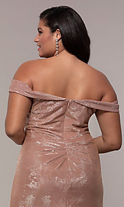 Image of metallic plus-size prom dress with ruched bodice. Style: FA-9457 Detail Image 7