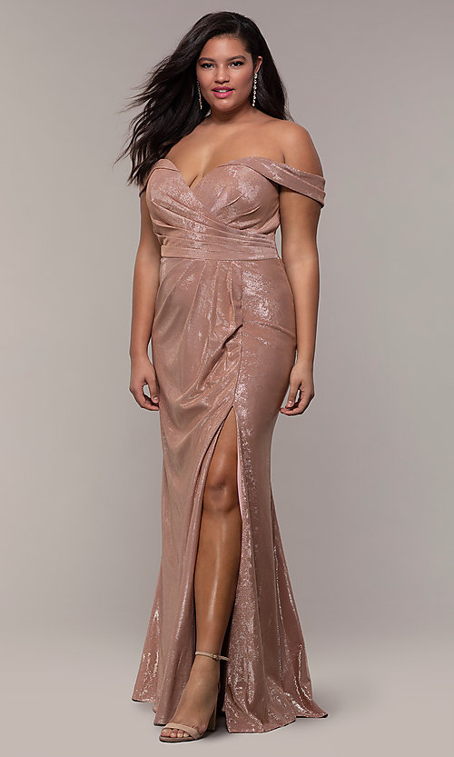 Image of metallic plus-size prom dress with ruched bodice. Style: FA-9457 Detail Image 3