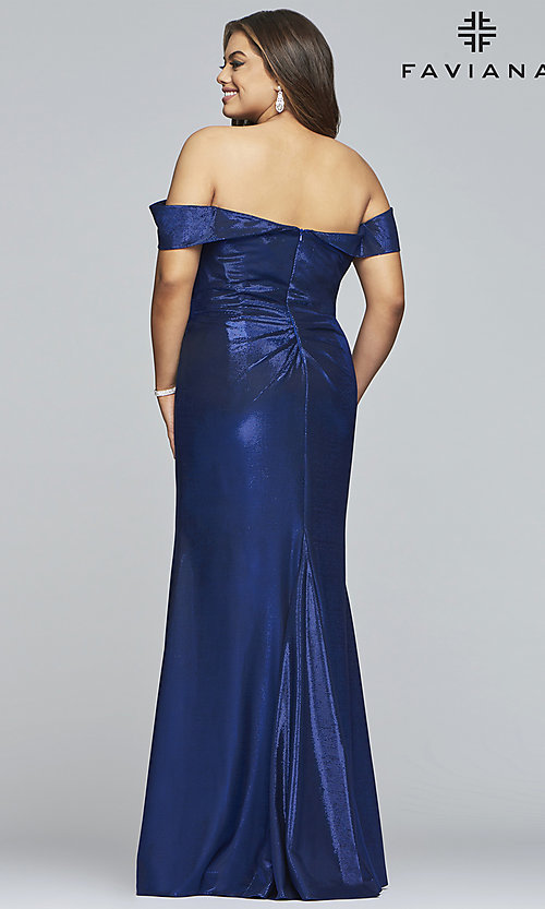 Image of metallic plus-size prom dress with ruched bodice. Style: FA-9457 Back Image