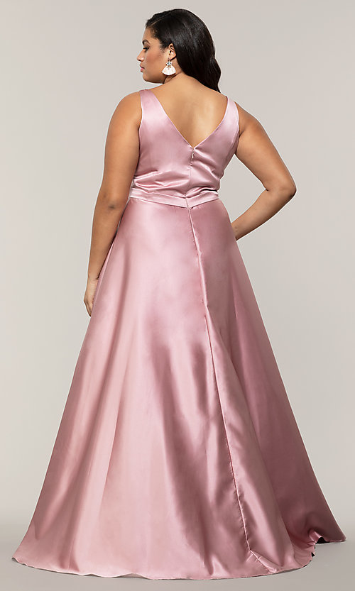 Image of long a-line v-neck plus-size prom dress by PromGirl. Style: SC-PL-PG-F Detail Image 5