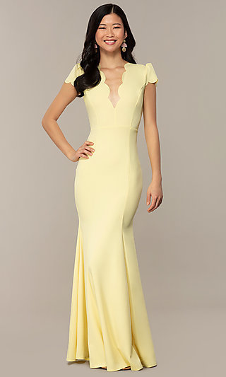 Vintage-Inspired Scalloped V-Neck Long Prom Dress