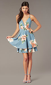 Image of floral-print tiered short wedding-guest dress. Style: EM-FQP-4105-960 Front Image
