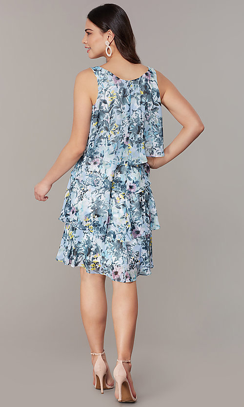 Image of floral-print tiered wedding-guest shift dress. Style: IT-9171303 Detail Image 3