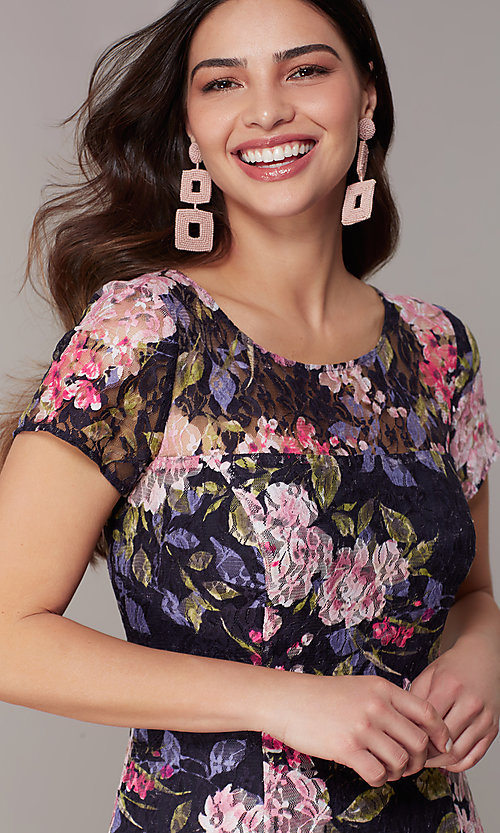 Image of short-sleeve floral-print navy wedding-guest dress. Style: IT-9112167 Detail Image 1