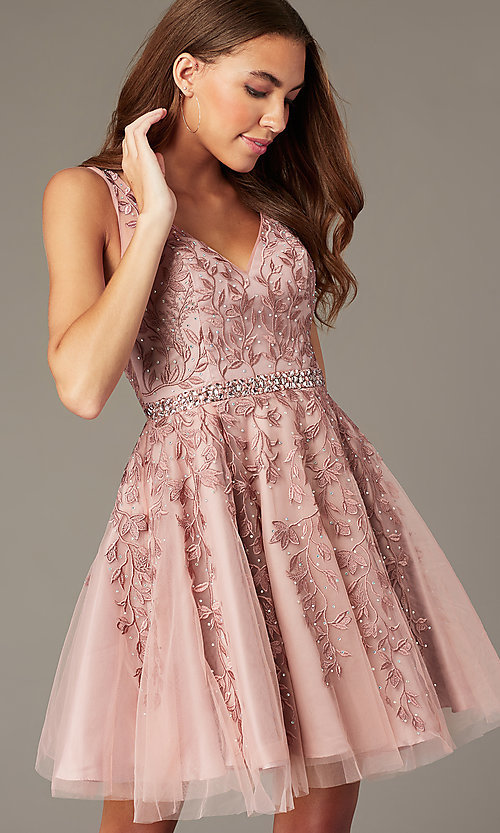Image of beaded short embroidered-tulle homecoming dress. Style: SOI-W18784 Detail Image 1