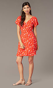 Image of v-neck short print casual dress with short sleeves. Style: AC-EDF16064TY Front Image