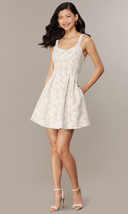 Image of short lace scoop-neck graduation party dress. Style: CHE-D16131CYN Front Image