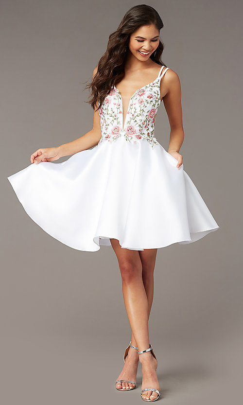 Image of short embroidered-bodice homecoming dress by Alyce. Style: AL-3886 Detail Image 5