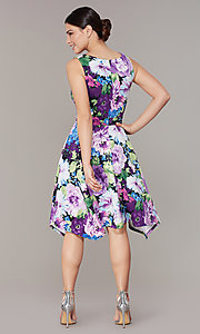 Image of knee-length floral-print dress for wedding guests. Style: SD-S282060 Back Image