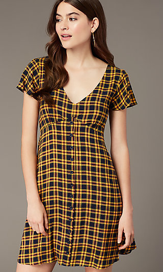 Short Plaid-Print Casual Dress with Short Sleeves