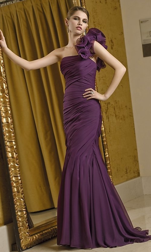 Dress Style: ML-VM-70210 Front Image