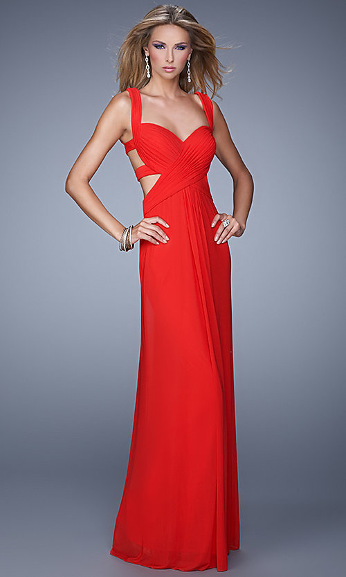 Image of La Femme Sweetheart Gown with Open Back Style: LF-21160 Detail Image 1