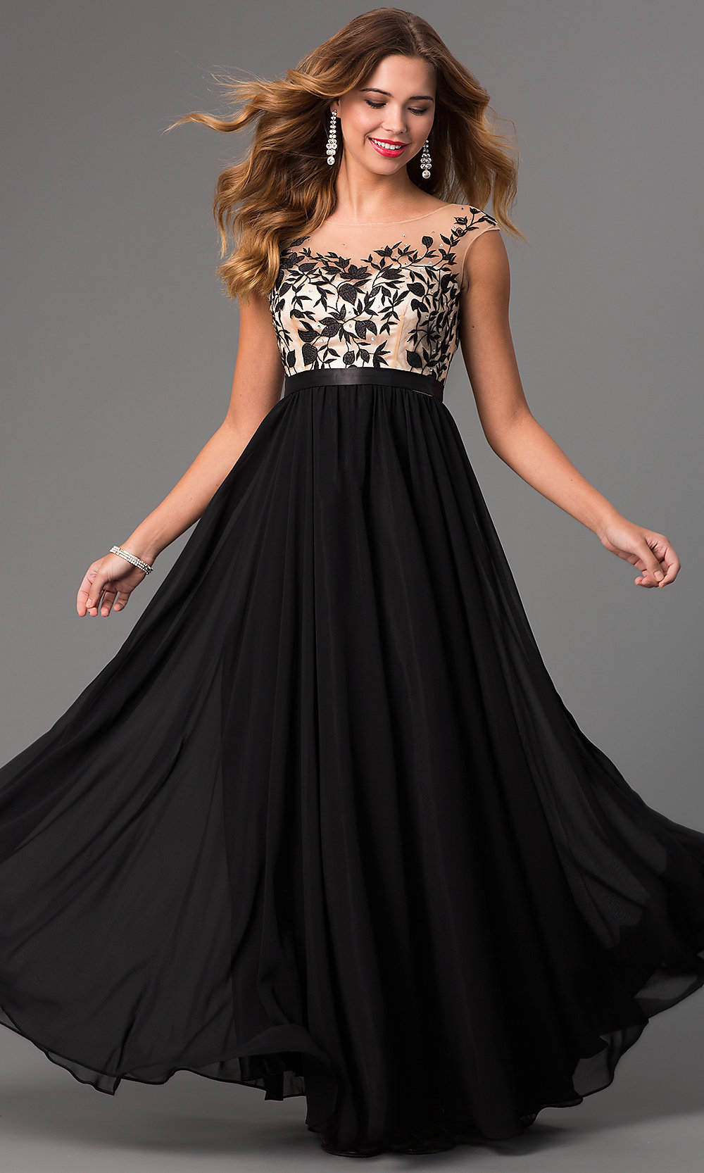 Elegant Long Sleeveless Prom Dress