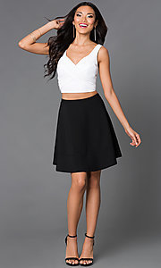 Image of short black and white V-neck sleeveless two-piece dress Style: EM-EHQ-1027-124 Detail Image 1