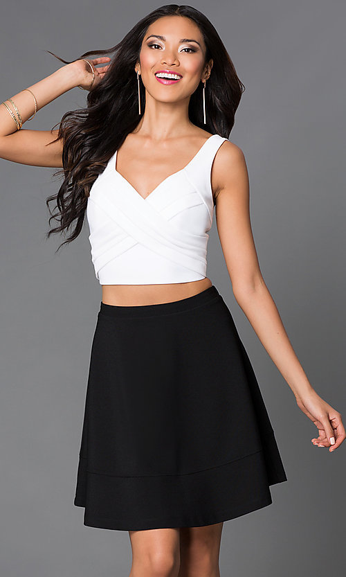 Image of short black and white V-neck sleeveless two-piece dress Style: EM-EHQ-1027-124 Front Image