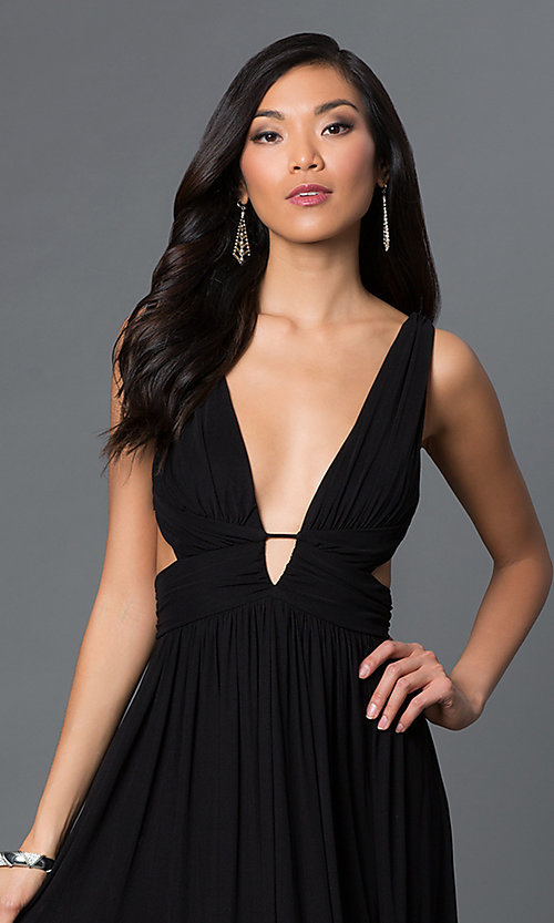 Image of long low v-neck sleeveless open sides low v-back black ruched dress Style: CQ-4131DK Detail Image 1
