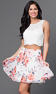 Short Sleeveless Two-Piece Dress with Print Skirt