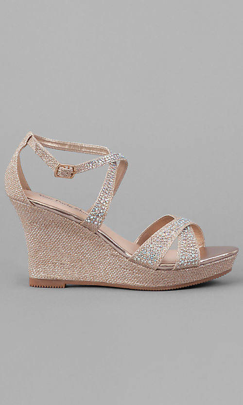 Style: YP-716-Paige Detail Image 1