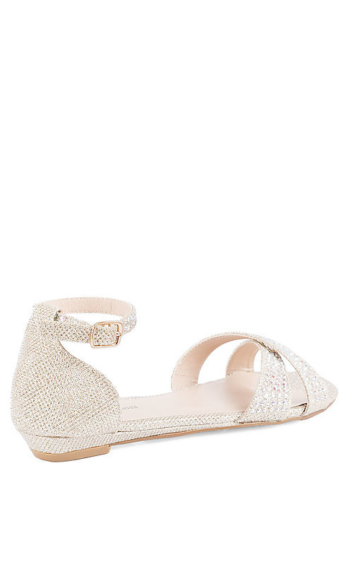 Style: YP-823-Lilly Detail Image 2