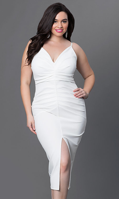 Image of v-neck spaghetti-strap ruched plus-size midi dress. Style: SY-IXD3445HP Front Image