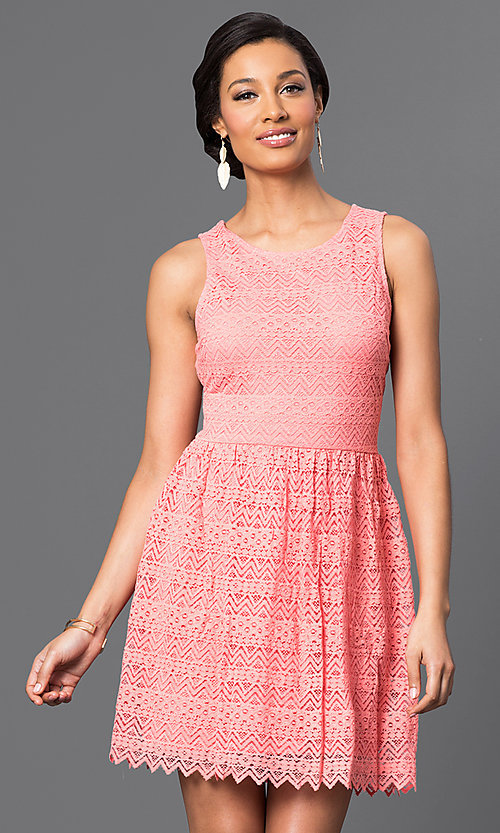 Image of short sleeveless lace dress Style: VE-QFM9506 Detail Image 2
