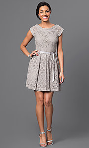 Image of short lace dress Style: AM-2131N254 Detail Image 1