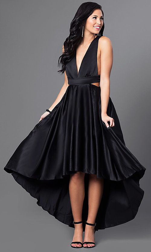 Black dress promgirl