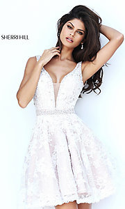 Short V-Neck Lace Homecoming Dress
