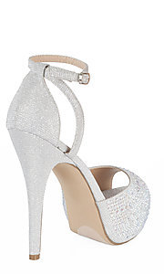 Style: YP-810-Taylor Detail Image 2