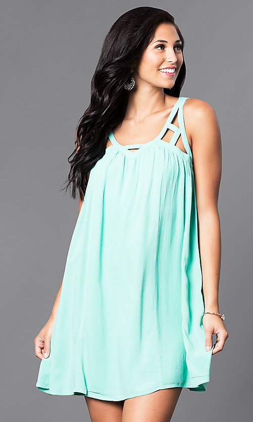 Image of casual sleeveless v-neck short shift dress. Style: VJ-LD40985 Detail Image 2