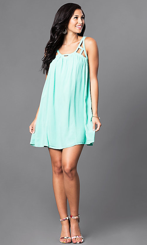 Image of casual sleeveless v-neck short shift dress. Style: VJ-LD40985 Detail Image 3