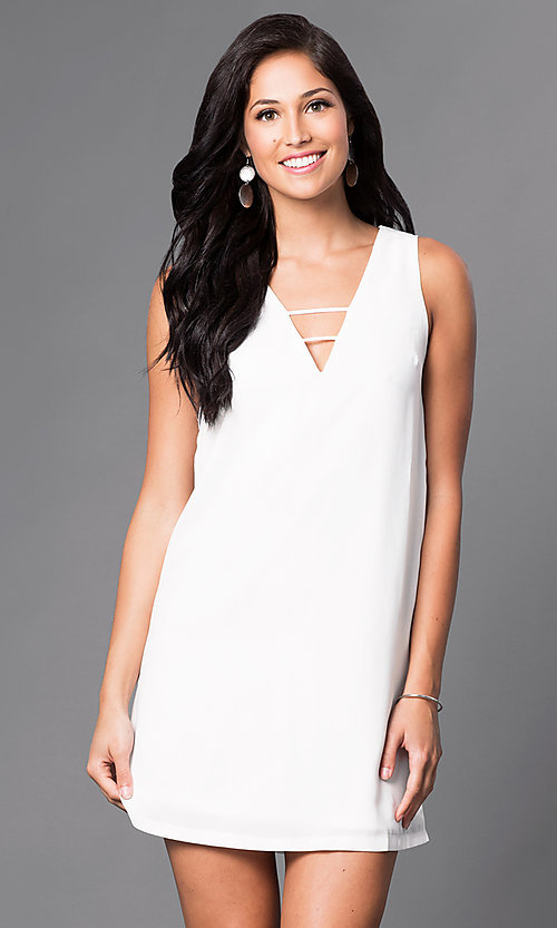 Image of v-neck short semi-casual shift dress. Style: VJ-LD41086 Front Image