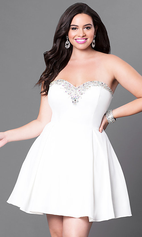 Image of plus-size strapless sweetheart homecoming party dress. Style: DQ-9492P Detail Image 2