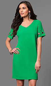 Short V-Neck Shift Party Dress with Short Sleeves