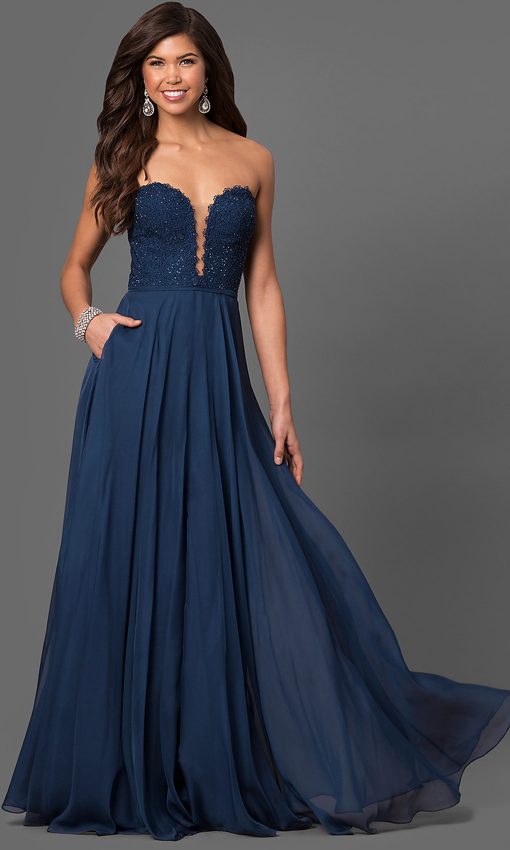 Celebrity Prom Dresses, Sexy Evening Gowns - PromGirl: LF-23970