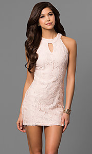 Short Lace Sheath Graduation Party Dress with Keyhole