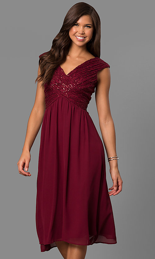 Image of knee-length short bridesmaid dress with lace bodice. Style: VR-BMANT443 Detail Image 3