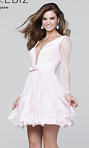 Short Lace V-Neck Prom Dress with a Bow