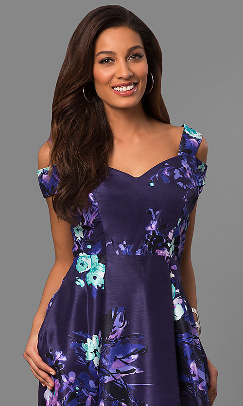 Image of long purple print formal prom dress with pockets. Style: SG-SBGX882 Detail Image 2