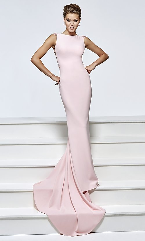 Style: TD-93184 Front Image